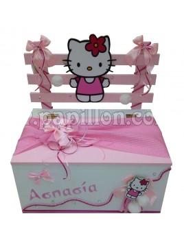 Παγκάκι με Hello Kitty